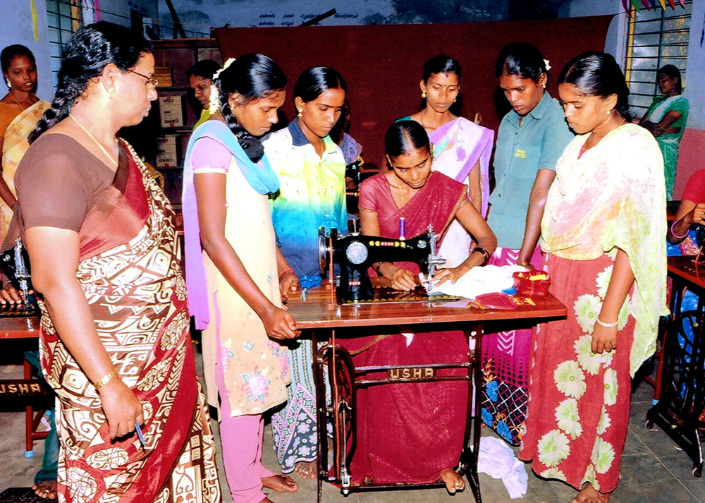 sewing-machines-chinnamulaiyur